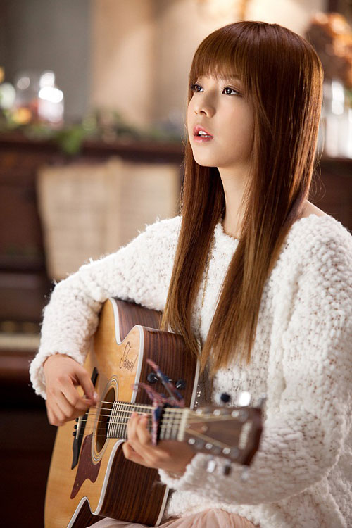Image: 被封為<IU>第二的韓國民美少女歌手<JUNIEL> @ 台灣正妹快報:: 痞客邦