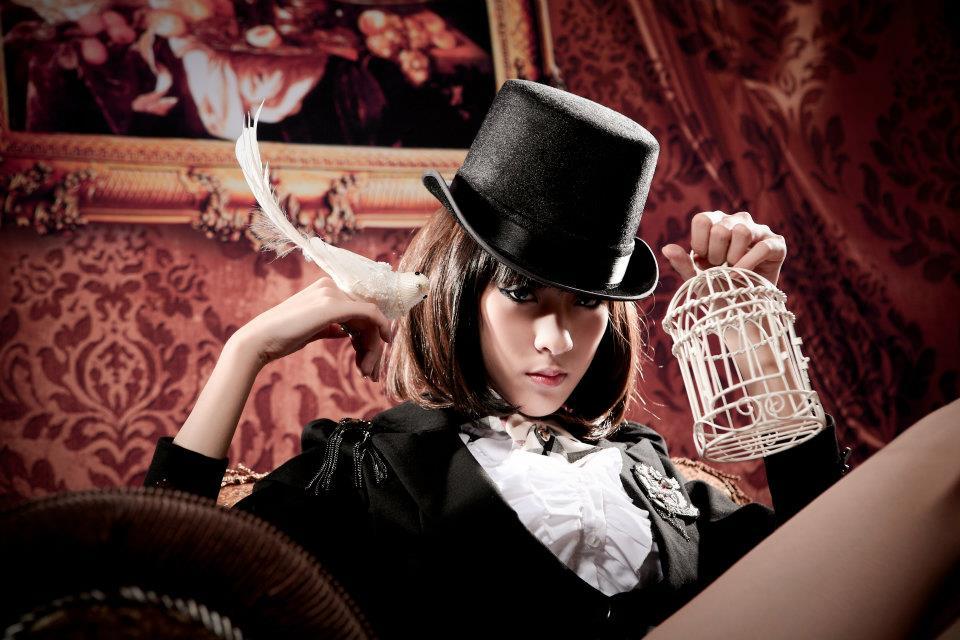 101年12/1周六下午美女魔術師外拍徵攝影師